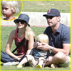 Naomi Watts: Family Fun in Brentwood!