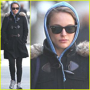 Natalie Portman: 'Black Swan' on DVD & Blu-Ray Tuesday!