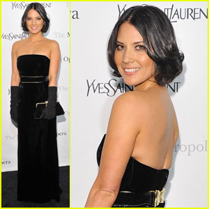 Olivia Munn Makes It An Opera Night