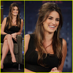 Penelope Cruz: I Love Karaoke Rapping!