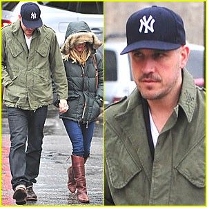 Reese Witherspoon: Rainy Sunday with Jim Toth