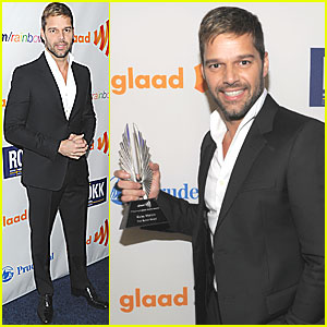 Ricky Martin: GLAAD Media Award Winner!