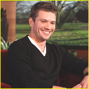Ryan Phillippe: 'I'm Dating (Amanda Seyfried)'