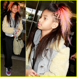 Willow Smith: Pink & Orange Hair at LAX!
