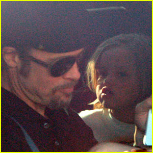 Brad Pitt: In-N-Out with the Kids!
