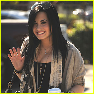 Demi Lovato: Bipolar Disorder Treatment!