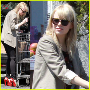 Emma Stone: Bristol Farms Friday