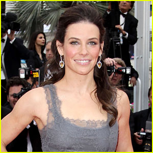 Evangeline Lilly: Pregnant with First Child!