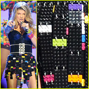 Fergie: Legos Dress for KCA Performance!