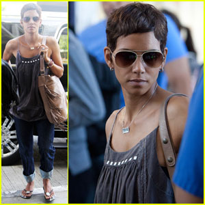 Halle Berry: Friday Flight