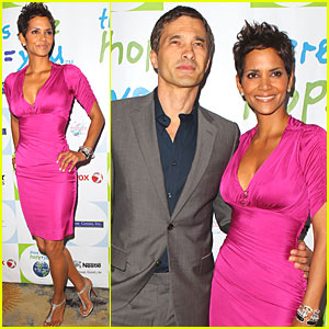 Halle Berry: Silver Rose Awards Gala!