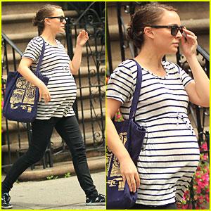Natalie Portman: Striped Tee in NYC!