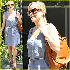 Reese Witherspoon: Ready for Spring!
