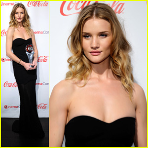 Rosie Huntington-Whiteley: CinemaCon Awards 2011