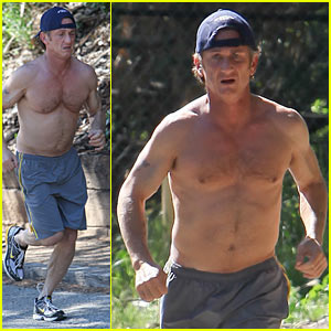 Sean Penn: Shirtless Jogging In Malibu