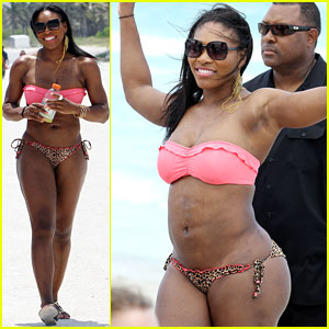 Serena Williams shows off her body in a bikini while vacationing at the ...