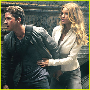 Shia LaBeouf & Rosie Huntington-Whiteley: New 'Transformers' Still!