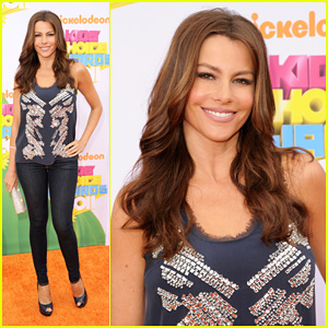 Sofia Vergara - KCA 2011 Orange Carpet