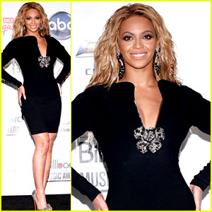 Beyonce: Billboard Awards Press Room!