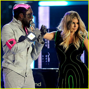 Black Eyed Peas: Billboard Awards Performance!