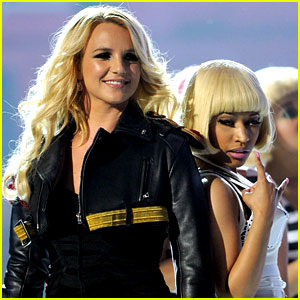 Britney Spears & Nicki Minaj: Billboard Awards Performance!