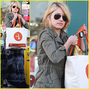 Dianna Agron: Whole Foods Run