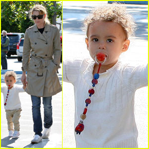 Ellen Pompeo: Lunch Break with Stella!