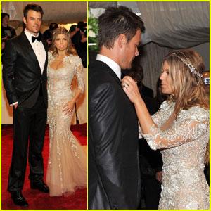 Fergie & Josh Duhamel - MET Ball 2011