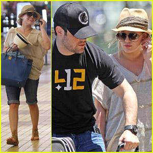 Hilary Duff & Mike Comrie: Farewall Maui!