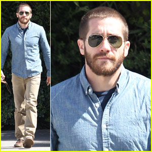 Jake Gyllenhaal: Buzz Cut Touch Up!