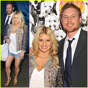 Jessica Simpson & Eric Johnson: Tom Everhart Art Exhibition!