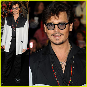 Johnny Depp: 'Pirates' Premiere at Disneyland!