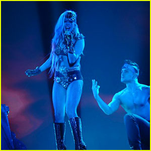 Lady Gaga: 'Edge of Glory' on American Idol Finale!