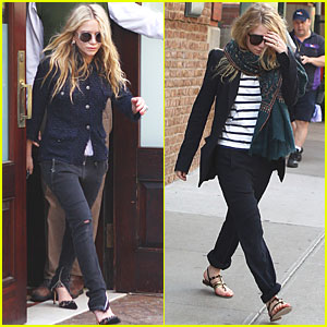 Mary-Kate & Ashley Olsen: Morning After MET Ball!