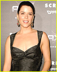 Neve Campbell & Husband Officially Divorced
