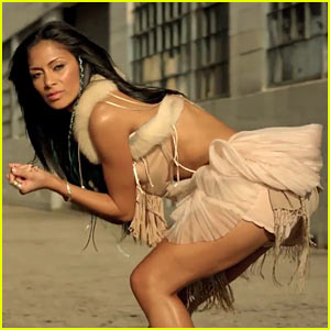 Nicole Scherzinger - 'Right There' Video ft. 50 Cent!