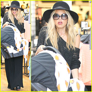 Rachel Zoe: Shopping with Skyler!