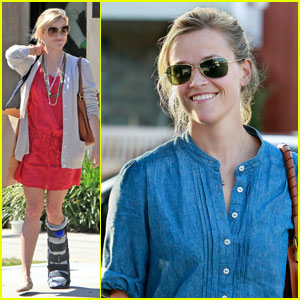 Reese Witherspoon: Medical Boot in Beverly Hills