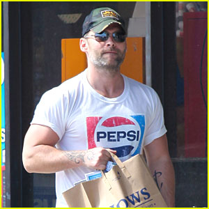 Seann William Scott: Malibu Grocery Guy