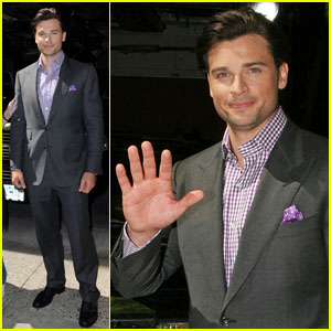Tom Welling Suits Up for 'Regis & Kelly'