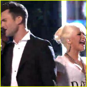Christina Aguilera 'Moves Like Jagger' with Adam Levine