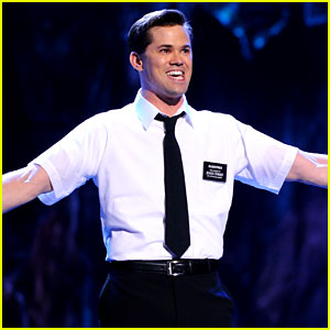 Andrew Rannells: 'Book of Mormon' Performs at the Tonys!