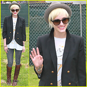 Ashlee Simpson: 'Time for Heroes' with Bronx!
