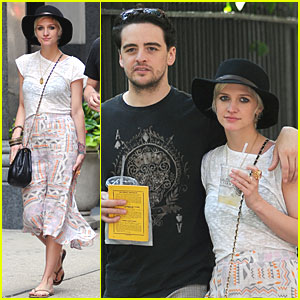 Ashlee Simpson & Vincent Piazza: New Couple Alert!