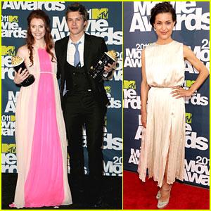 Bryce Dallas Howard & Julia Jones: MTV Movie Awards 2011!