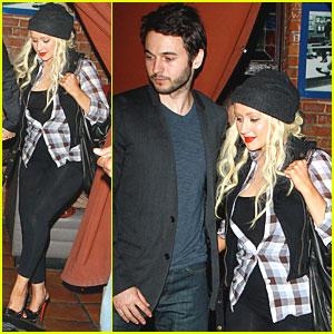 Christina Aguilera: Pace with Matthew Rutler!