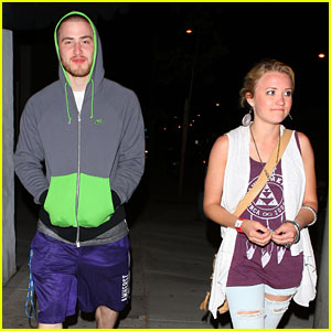Emily Osment: Dinner Date with Mike Posner!