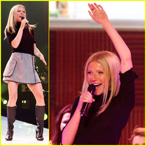 Gwyneth Paltrow: Glee Concert Surprise Performance!