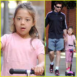 Hugh Jackman Scoots with Ava