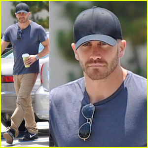 Jake Gyllenhaal: Night Out with Olivia Wilde!